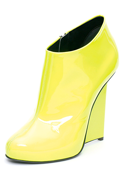 shining-yellow-stilettos0high-heels