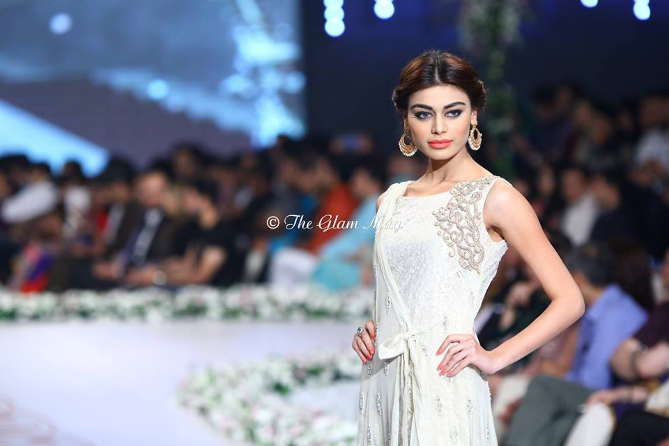 Asifa-and-Nabeel-Bridal-Collection-Panteen-Bridal-Couture-Week-2014 (3)