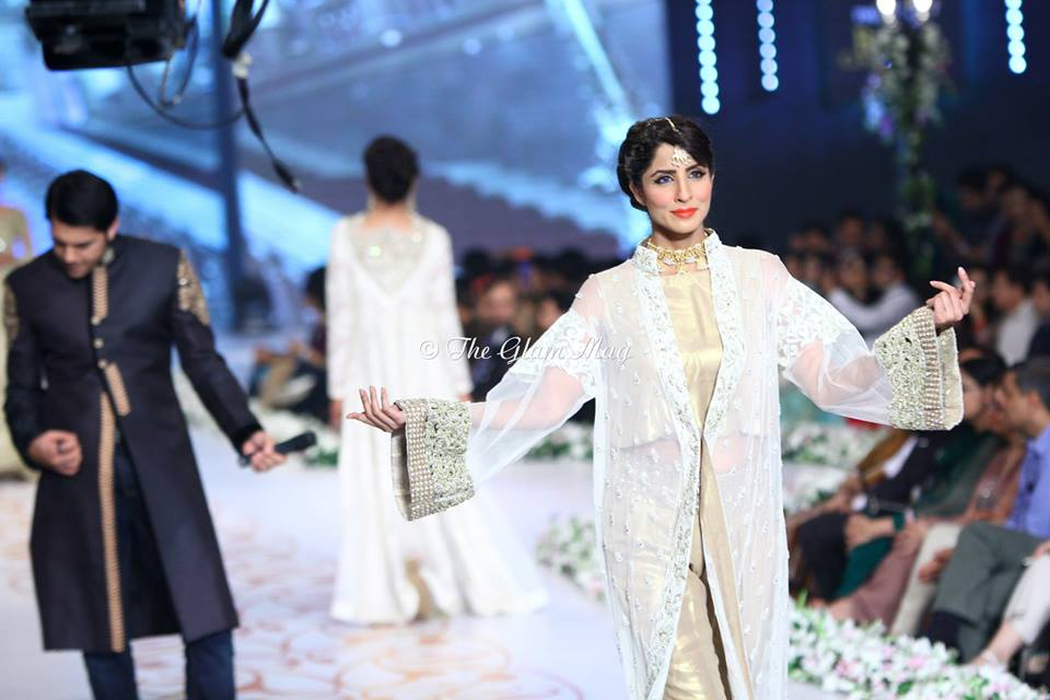 Asifa-and-Nabeel-Bridal-Collection-Panteen-Bridal-Couture-Week-2014 (4)