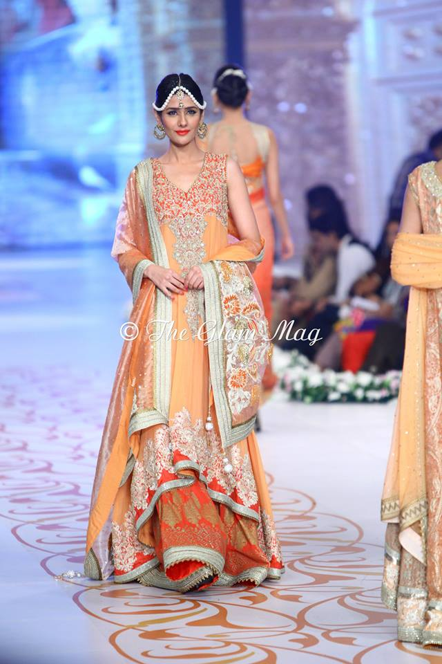 Deepak-Perwani-Bridal-Collection-at-Pantene-Bridal-Couture-Week-2014-1 (8)