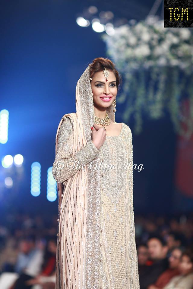 Faraz-Manan-bridal-collection-Panteen-Bridal-Couture-Week-2014 (12)