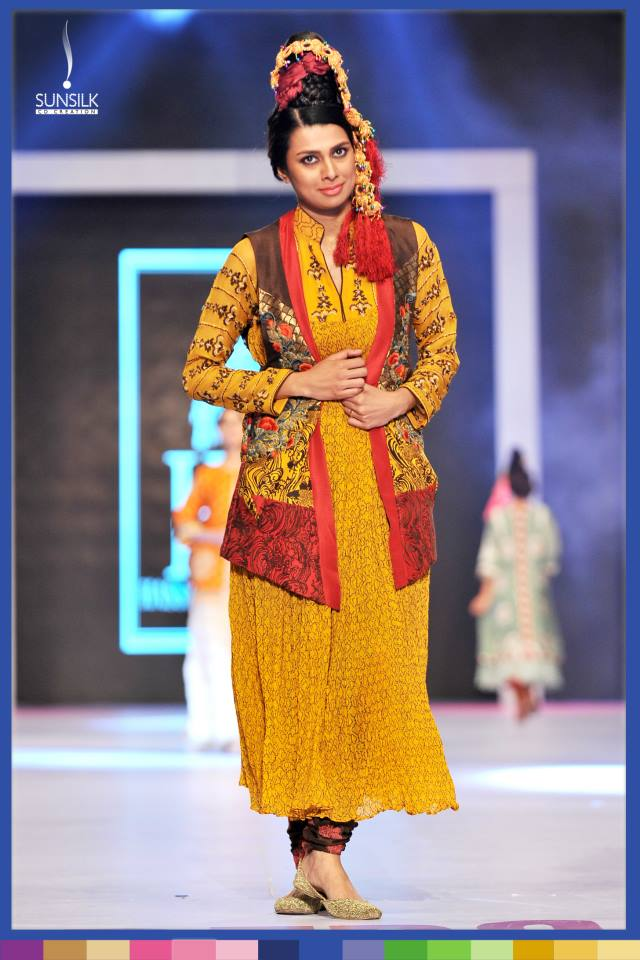 Hassan-Sheheryar-Yasin-Collection-at-PFDC-Sunsilk-Fashion-Week-2014 (23)