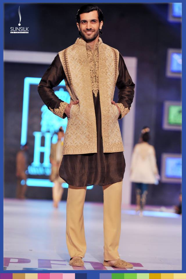Hassan-Sheheryar-Yasin-Collection-at-PFDC-Sunsilk-Fashion-Week-2014 (5)