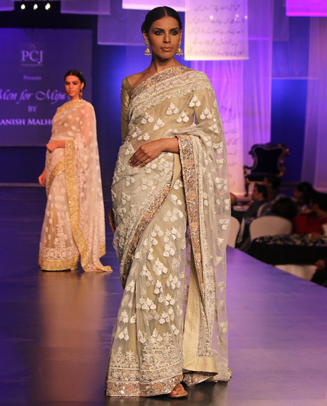 Manish-Malhotra-Saree-Collection-2014 (11)