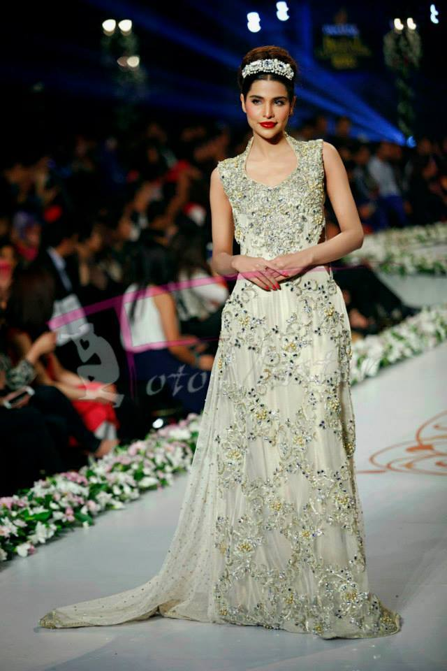 Tabassum-Mughal-Bridal-Collection-Panteen-Bridal-Couture-Week-2014 (4)