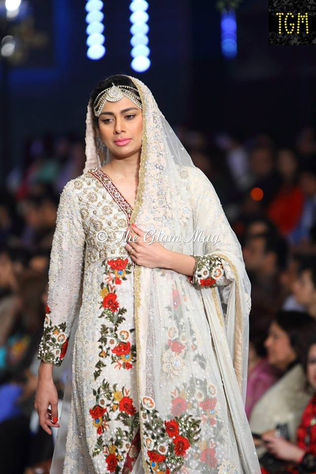 Tena-Durrani-Bridal-Collection-2014-Panteen-Bridal-Couture-Week (3)