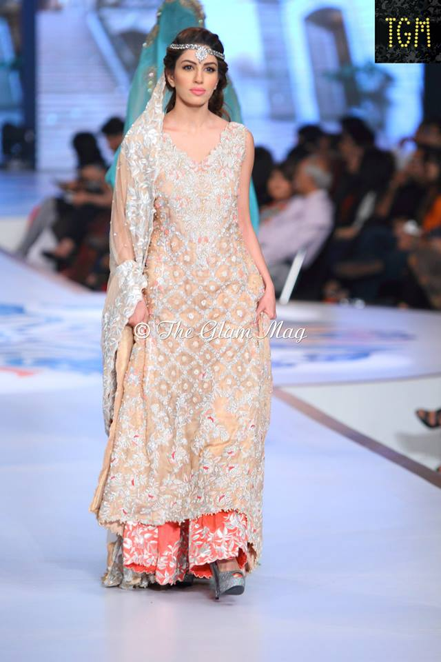 Tena-Durrani-Bridal-Collection-2014-Panteen-Bridal-Couture-Week (7)