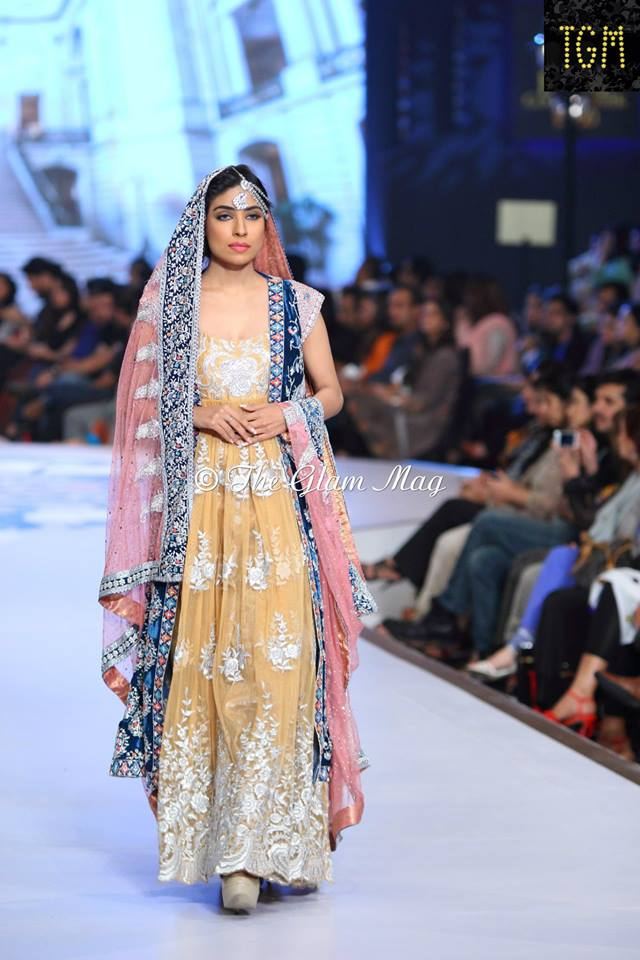 Tena-Durrani-Bridal-Collection-2014-Panteen-Bridal-Couture-Week (8)