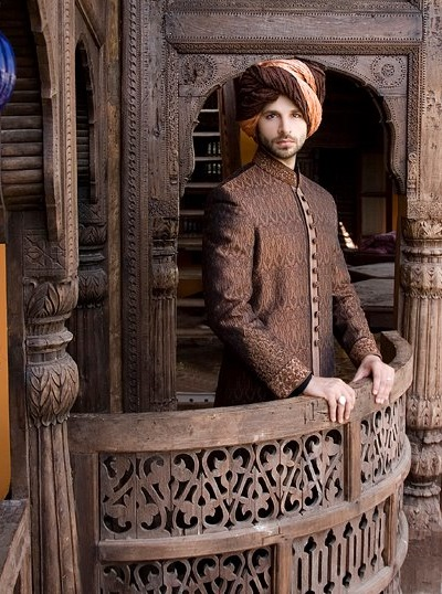 latest-Sherwani-2014-designs-by-Amir-Adnan-@stylesglamour-com (10)