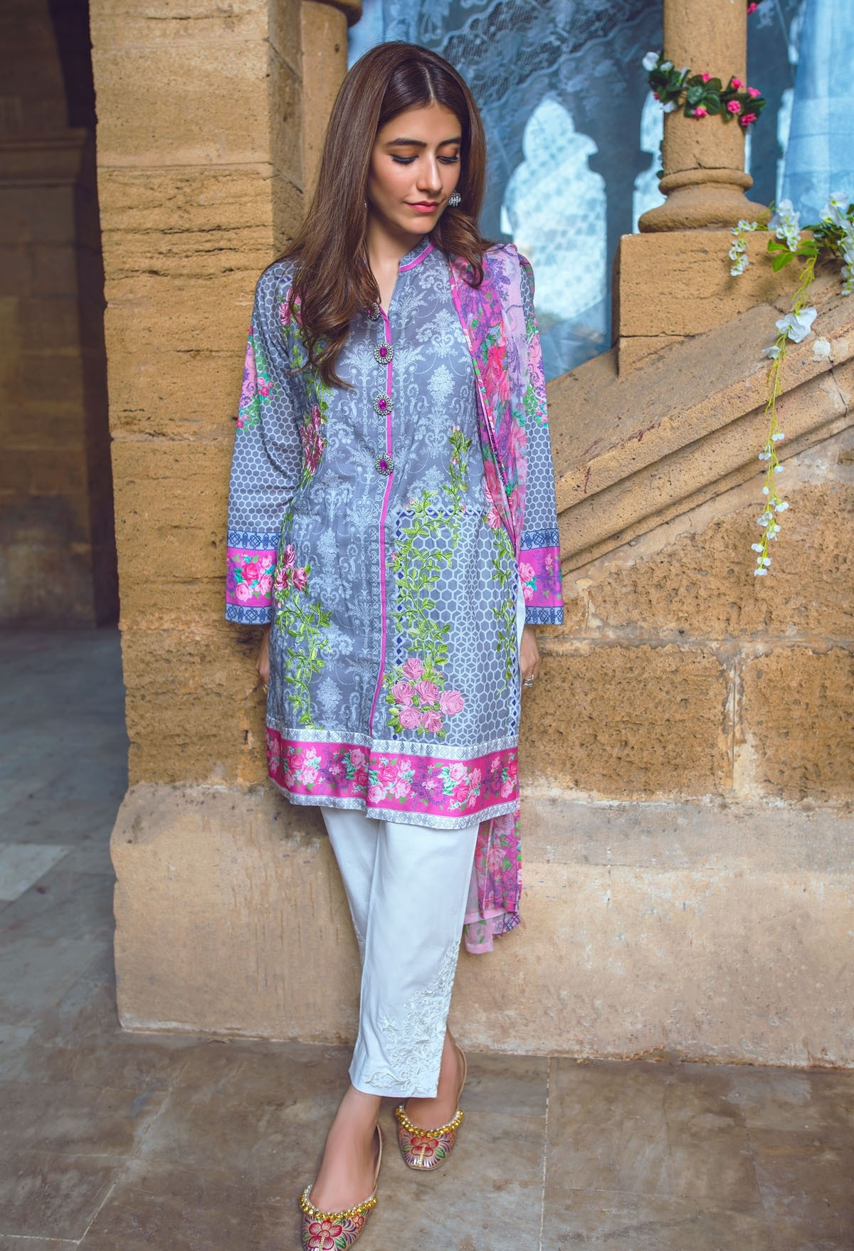 Alkaram Eid Collection 2016-2017 Catalog (4)