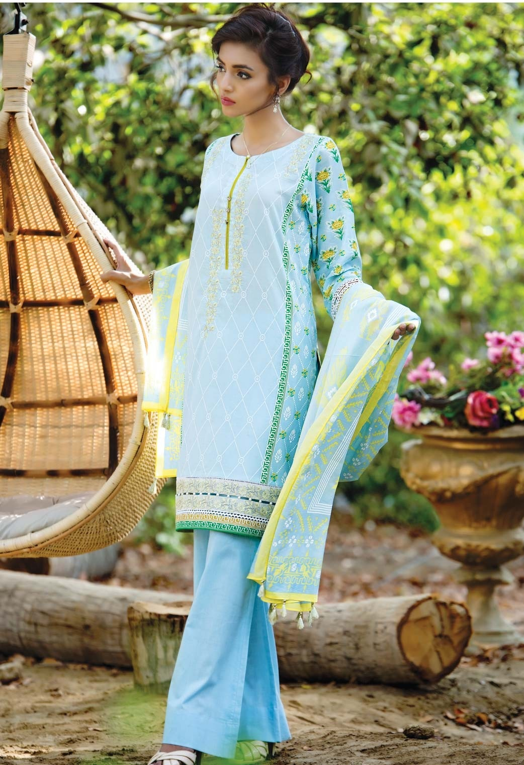 Cambridge-Zeen-Eid-Collection-2016-2017 (15)