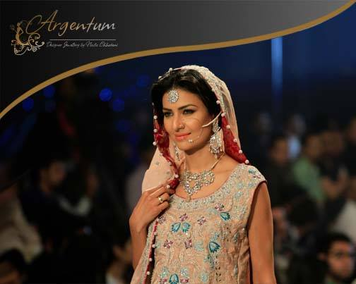 Argentum-Designer-Jewellery-Pantene-Bridal-Couture-Week (28)