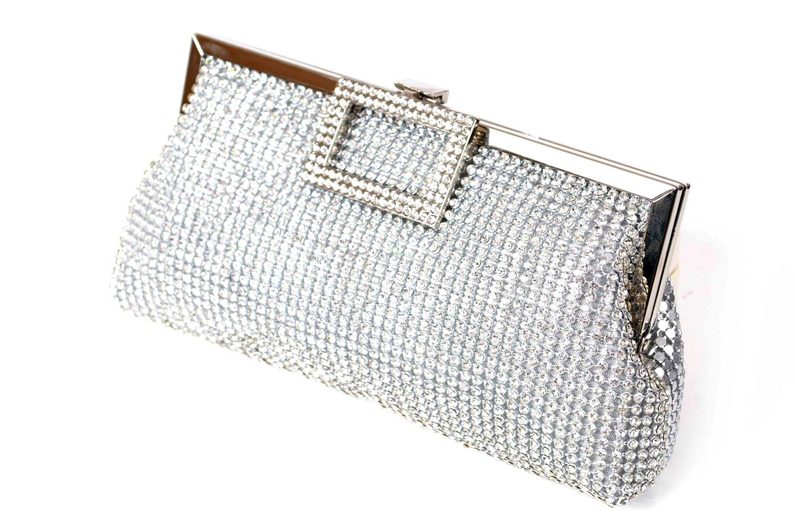Bridal-Clutches-by-Metro (29)