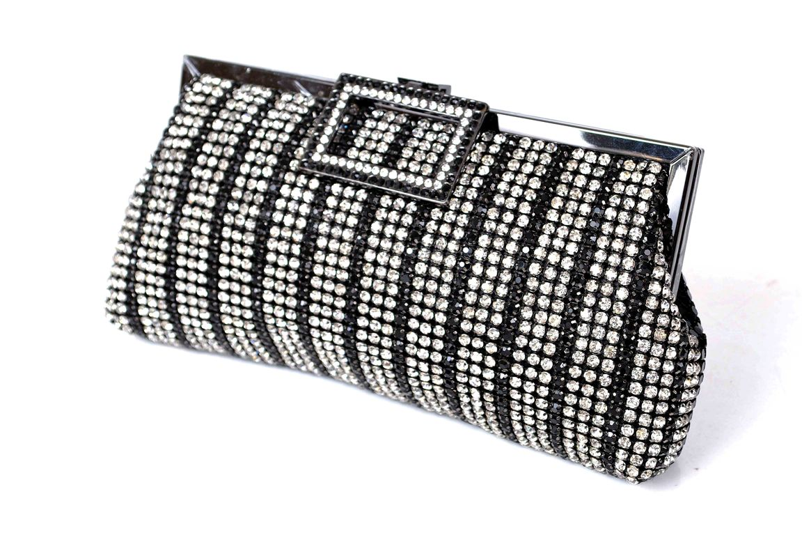 Bridal-Clutches-by-Metro (31)