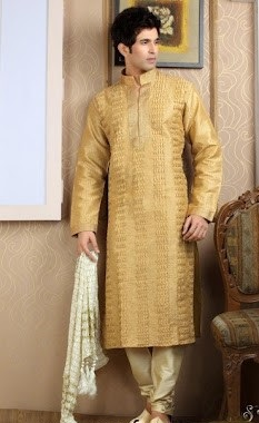 Groom-Mehndi-dresses-Collection-for-Boys (13)