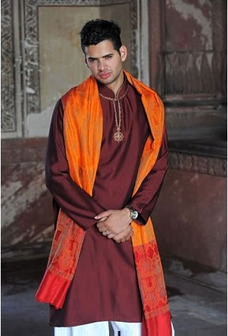 Groom-Mehndi-dresses-Collection-for-Boys (7)