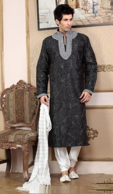 Groom-Mehndi-dresses-Collection-for-Boys (8)