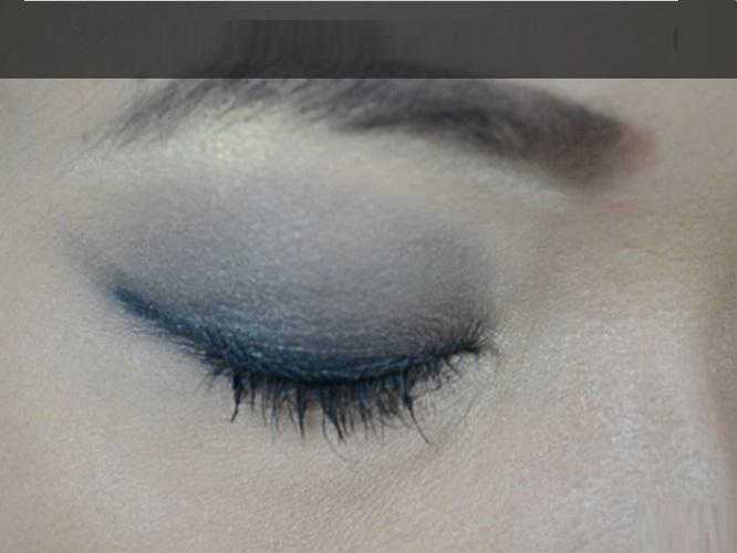 How-to-do-smokey-eye-make-up (7)