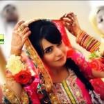 Latest-Bridal-Mehndi-Dresses (7)