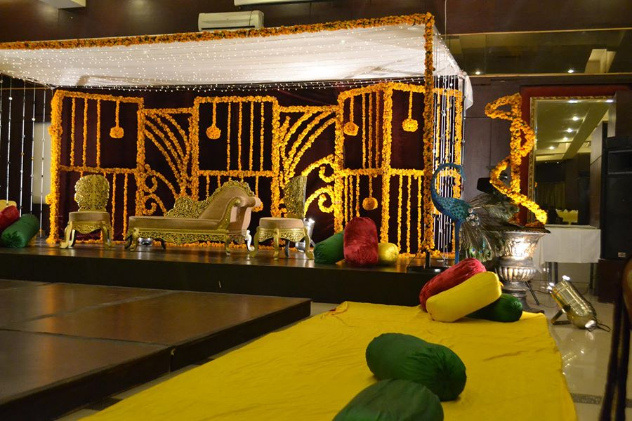 Mehndi-function-Decoration-ideas (7)