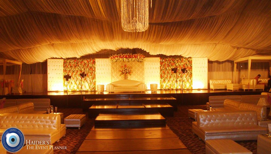 Walima-Stage-Decoration-ideas (8)