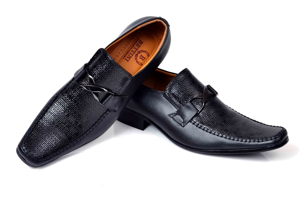 Wedding-Footwear-Collection-for-Men-by-Metro (10)