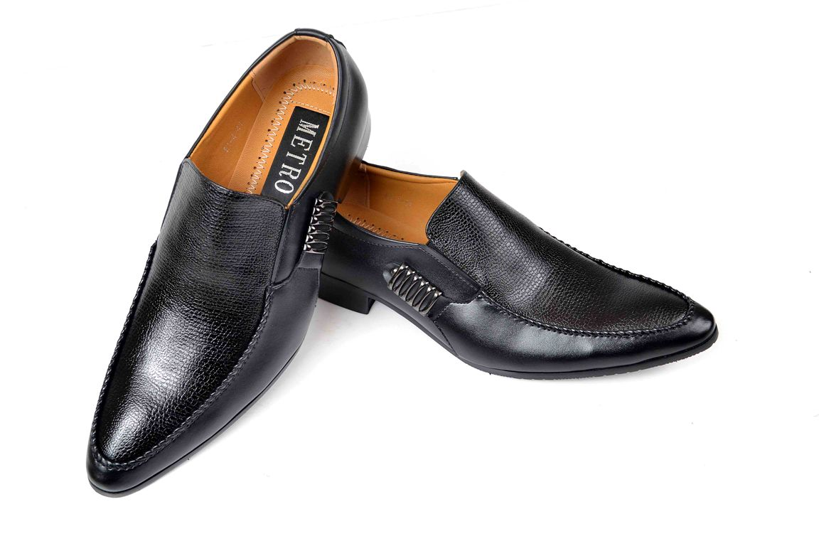 Wedding-Footwear-Collection-for-Men-by-Metro (12)
