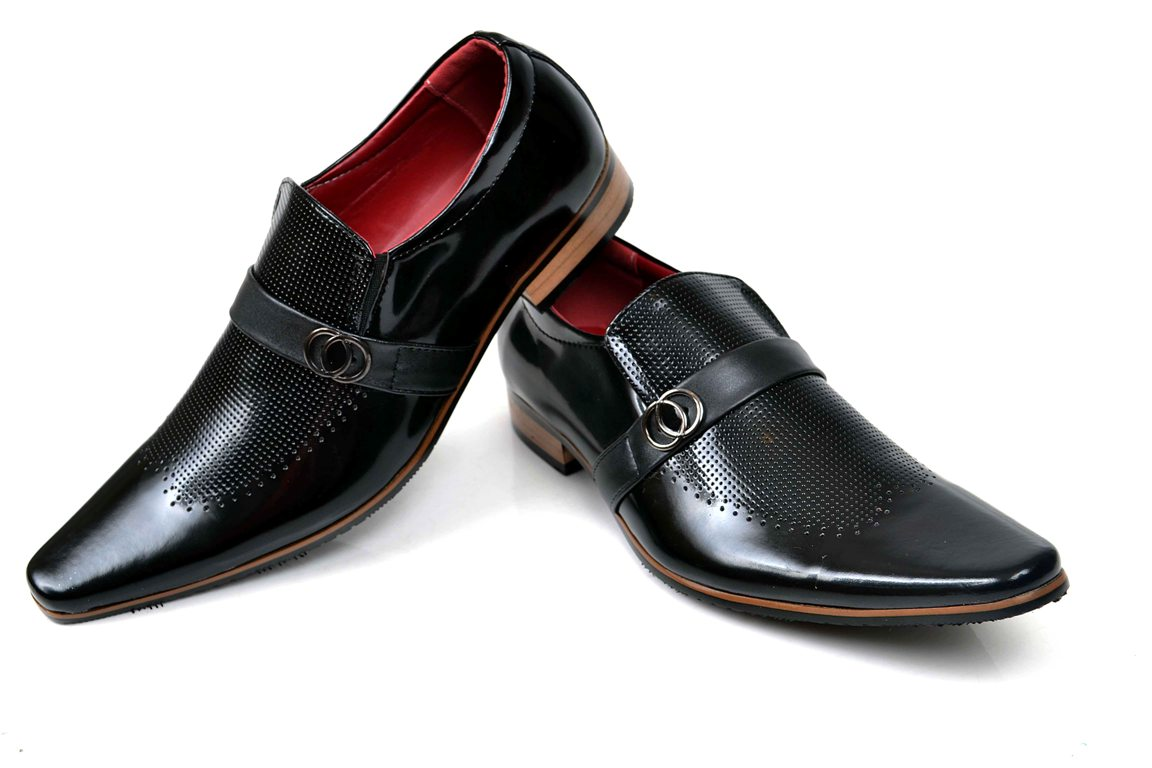 Wedding-Footwear-Collection-for-Men-by-Metro (28)