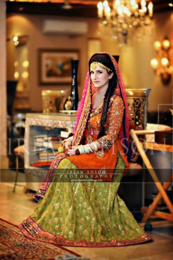 new-bridal-Mehndi-Dresses-collection (18)