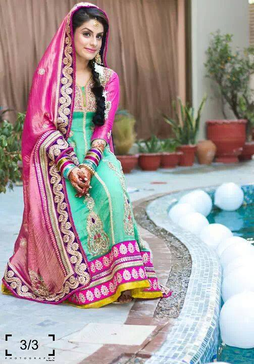 new-bridal-Mehndi-Dresses-collection (27)