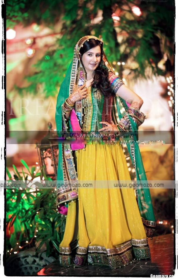 new-bridal-Mehndi-Dresses-collection (8)