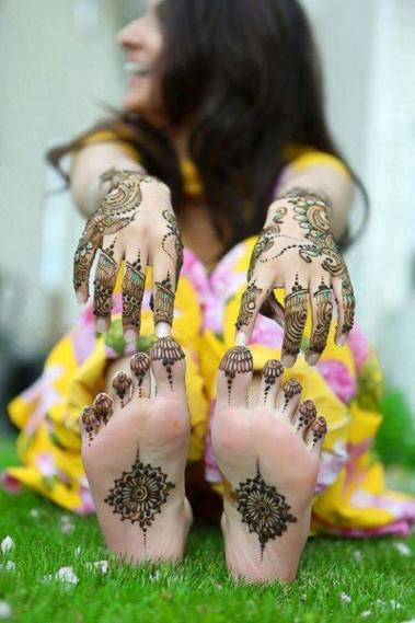 Best-Arabic-Mehndi-Designs-2014 (21)