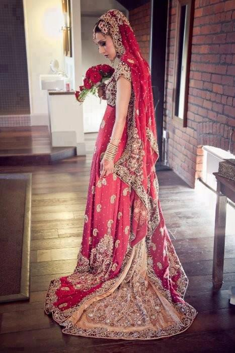 Best Red Bridal Lehenga Designs (6)