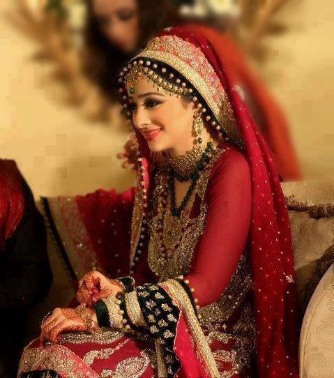 Best Red Bridal Lehenga Designs (11)