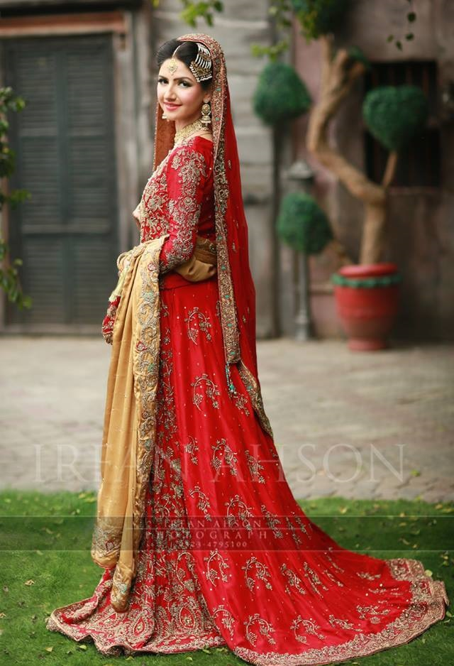 Best Red Bridal Lehenga Designs (4)