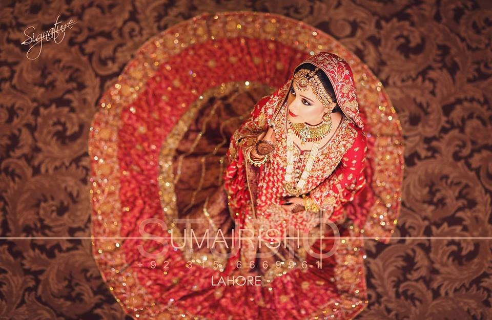 red bridal lehenga designs