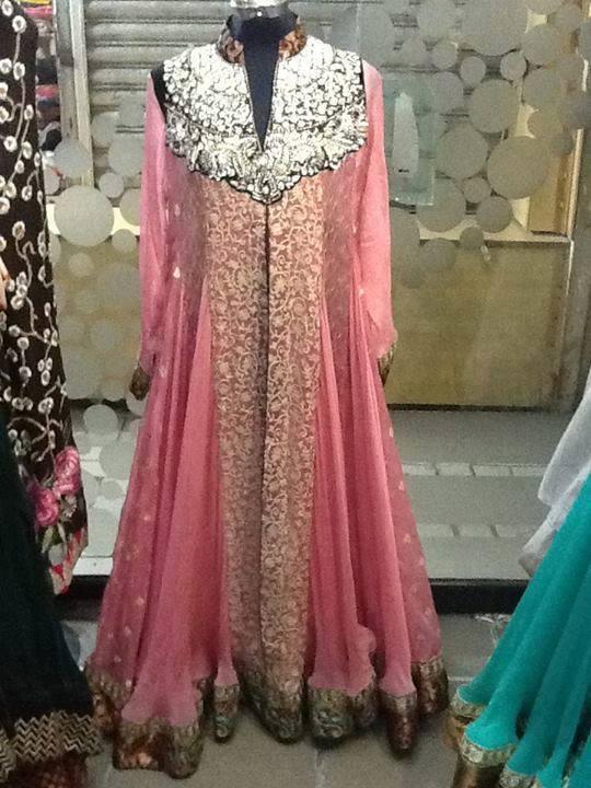 Fancy-Gowns-for-Women (13)