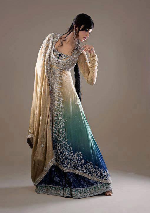 Fancy-Gowns-for-Women (18)
