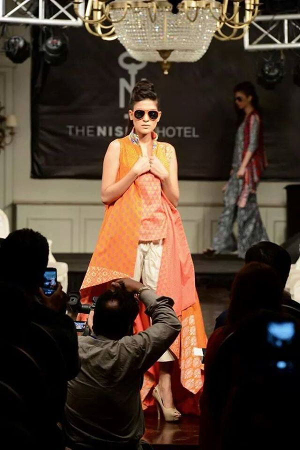 Nishat-Linen-Fashion-Show-at-Nishat-Hotel (10)