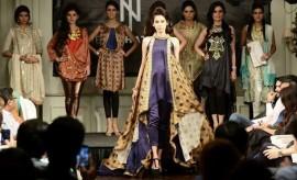 NL Nishat Linen Fashion Show at Nishat Hotel – Stunning Casual Wear Dresses
