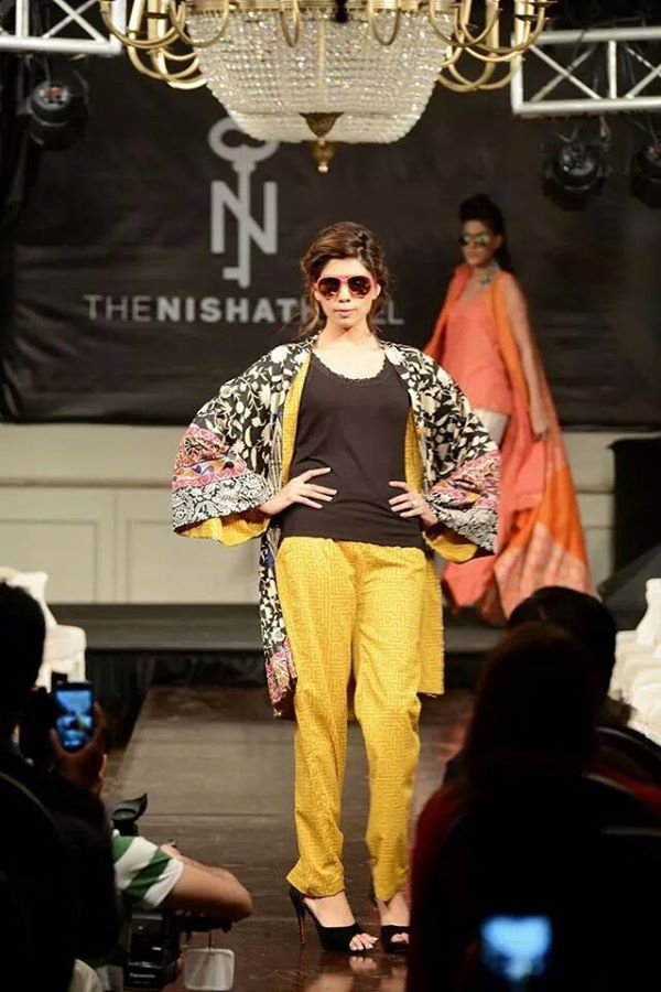 Nishat-Linen-Fashion-Show-at-Nishat-Hotel (21)