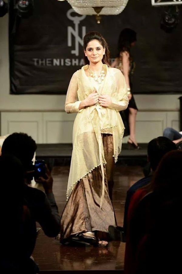 Nishat-Linen-Fashion-Show-at-Nishat-Hotel (22)