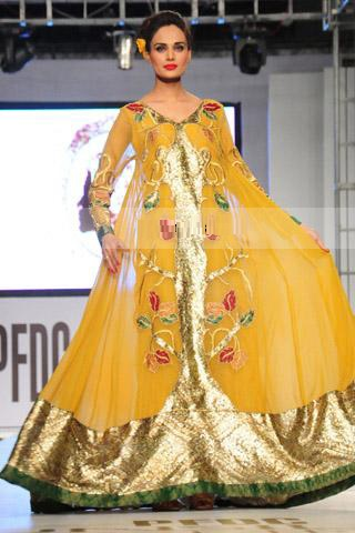 Yellow-Bridal-Mehndi-Dresses (15)