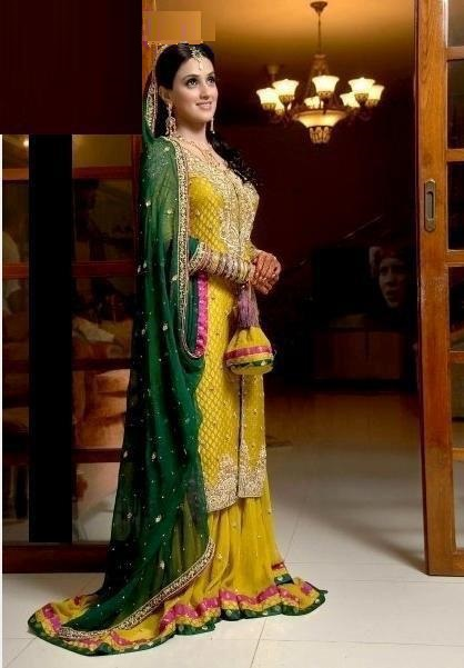 Yellow-Bridal-Mehndi-Dresses (5)