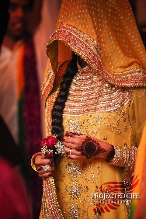 Yellow-Bridal-Mehndi-Dresses (6)