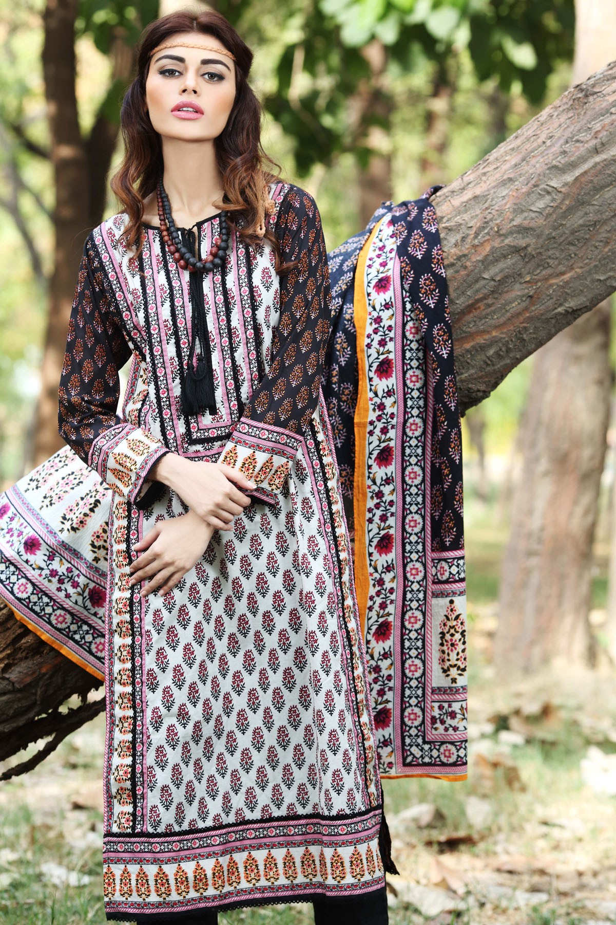 Khaadi-Cambric-Collection-Fall-Winter-2014-2015 (14)