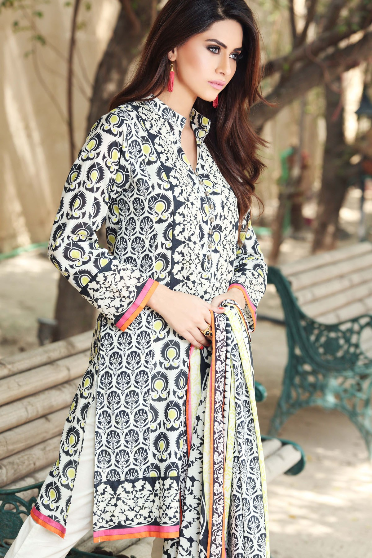 Khaadi Winter Dresses New Unstitched Cambric Collection