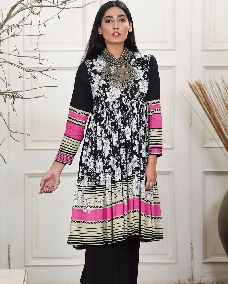 Khaadi black and white cambric suit with white flowers