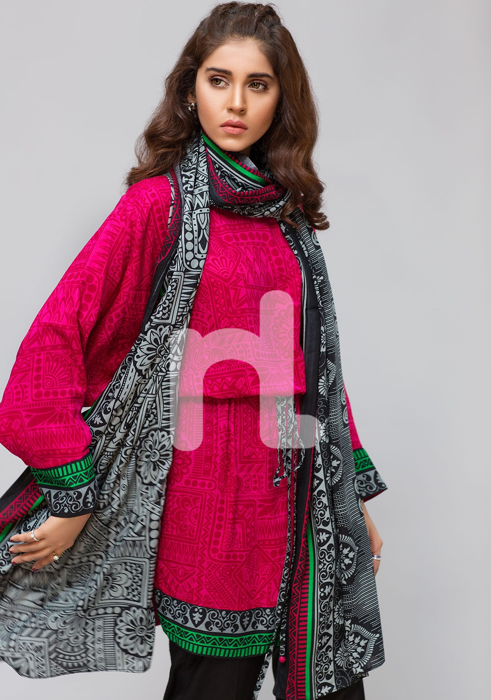 shocking pink and yellow linen winter dress 2016