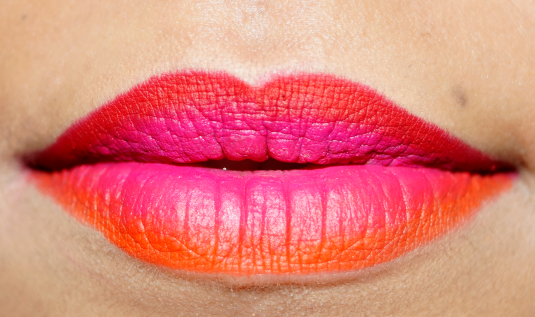 How to apply ombre lipstick